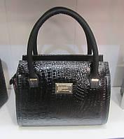 Лаковая женская сумочка под рептилию