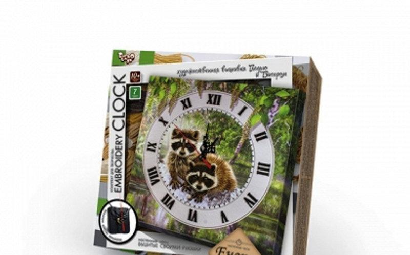 Набор Настенные часы (вышивка) своими руками Danko Toys