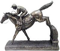 Коллекционная статуэтка Veronese Всадник на лошади WU67886A1