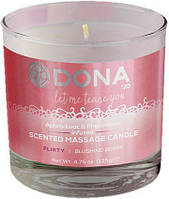 Свеча для массажа DONA Scented Massage Candle Blushing Berry FLIRTY, 135 мл.