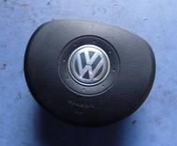 Подушка безопасности водительская руль AirbagVWTouran2003-20101t0880201a, 0051181191