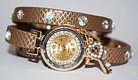 Женские наручные часы с длинным ремешком, часы на кожаном ремешке