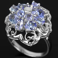 Серебряное кольцо 925 пробы с натуральным танзанитом. Размер 17,5