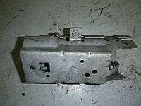 Б/У Кронштейн топливного фильтра Renault MEGANE 3 2009-2013 (Рено Меган 3), 8200591987 (БУ-129822)