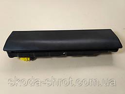 Подушка безопасности для колен Skoda СуперБ 3T1.880.841.B
