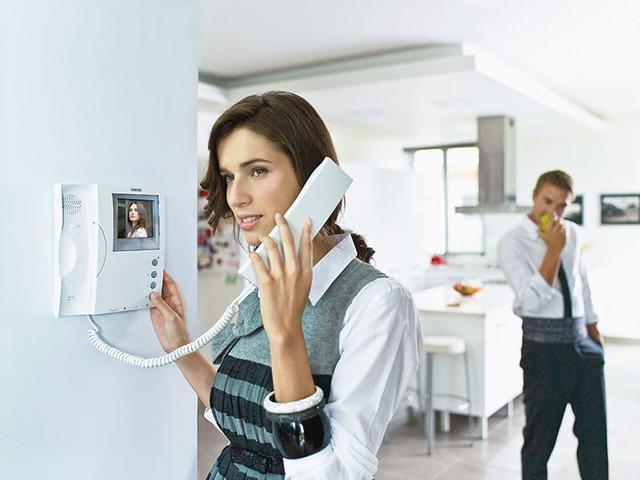 Преимущества видеодомофонов для дома и офиса