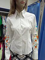 Блузка белая с вышивкой Petit