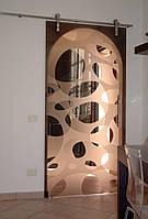 Стеклянная дверь одностворчатая раздвижная открытого типа из бронзового закаленного стекла