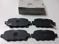 Колодки тормозные задние (оригинал) INFINITI EX, FX, G седан, M35, M37, M45, Q50,  Q70 (Y51),  QX50