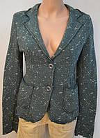 Модный трикотажный пиджак темно-зеленый в рябой прин. Италия