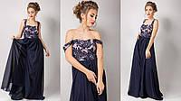 Элегантное женское платье в пол с шифоновой юбкой, верх - красивый узор, обшит пайетками. Цвет темно синий