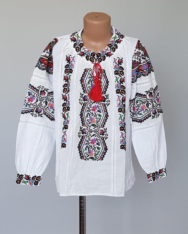 фотография детская красивая блузка вышиванка