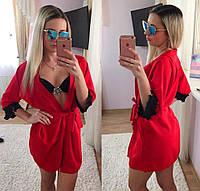 Красивая короткая пляжная накидка на завязках, рукава украшены кружевом, материал шифон. Цвет красный
