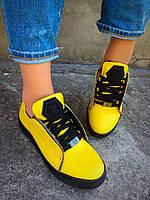 Кеды желтые на шнурках из натуральной кожи