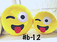 Большая подушка-смайлик с языком #b-12