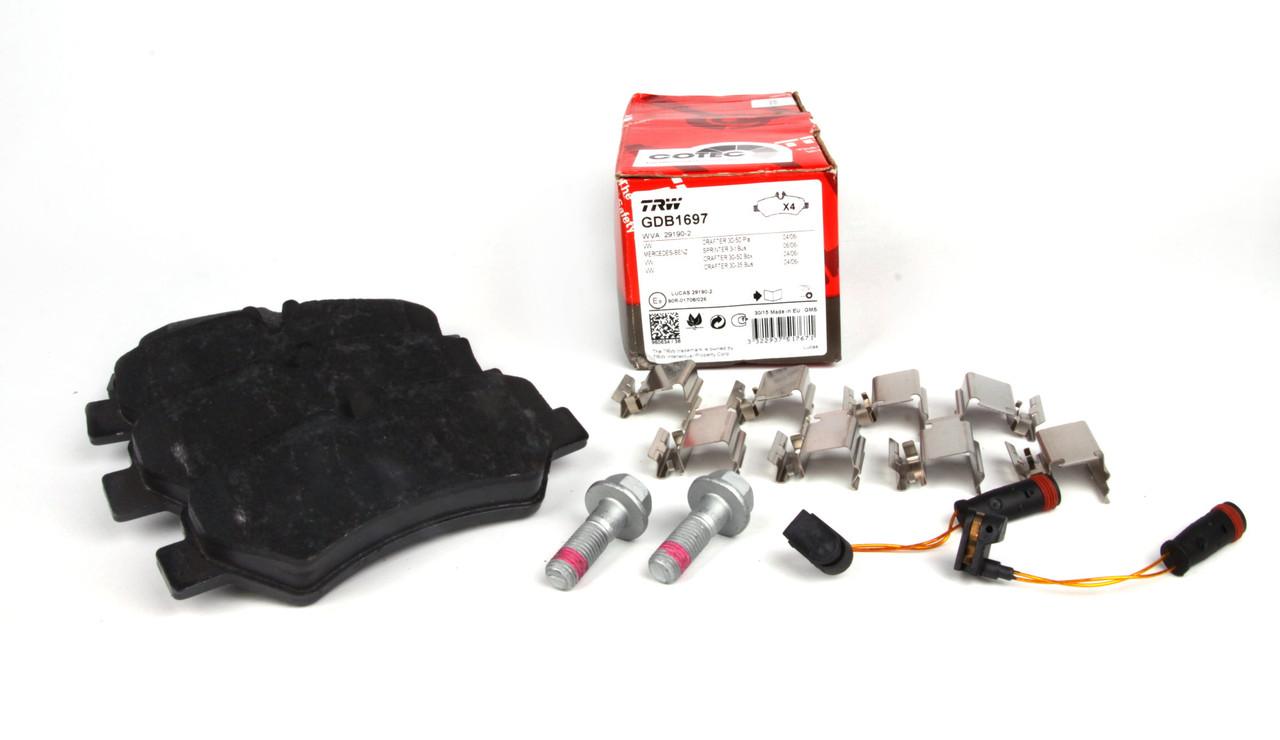 Колодки тормозные (задние) MB Sprinter 209-319 CDI/VW Crafter 30-35 06- TRW