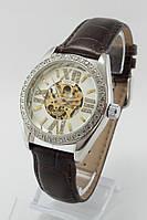Механические наручные часы Omega