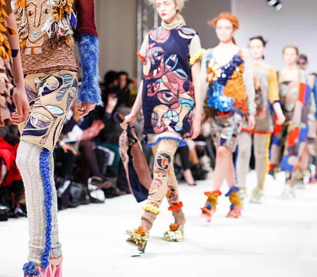 fced5ab8 Женская одежда оптом по низким ценам высокого качества: модная обновка  гардероба