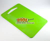 Доска разделочная 31х21см пластиковая зеленого цвета