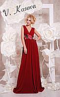 Элегантное женское платье в пол материал микромасло, пояс украшен вышивкой. Цвет бордовый