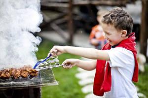 Приготовление шашлыка - в радость