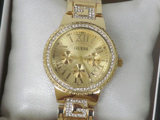 18c64687 Женские часы Guess, украшенные камнями золотой циферблат, Гес, цена ...