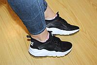 Женские кроссовкиNike Huarache черные 2126