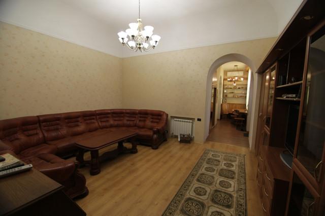 Продажа 4-х комнатной квартиры улица Еврейская, ориентир улица Ришельевская, Приморский район города Одесса