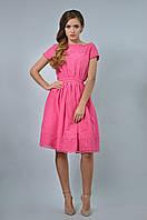 Красивое платье в романтическом стиле с коротким рукавом