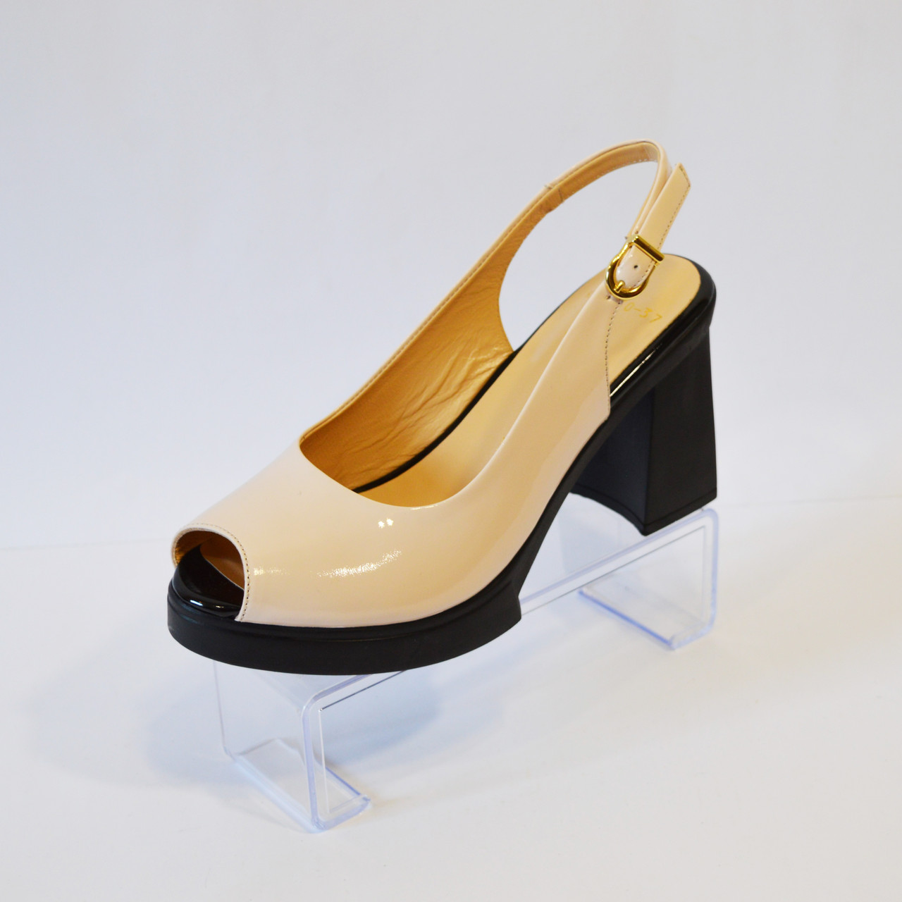 Босоножки женские пудра на каблуке Lottini 3050