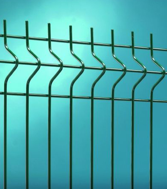 Забор из панельной сетки
