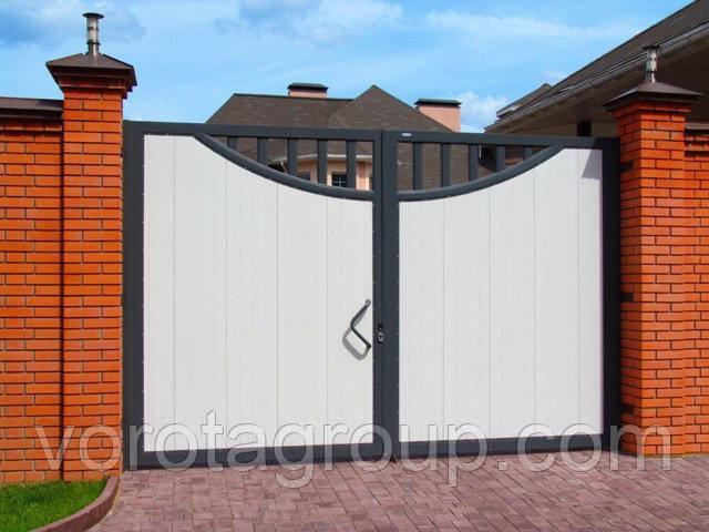 Распашные секционные ворота 2,8м*2м