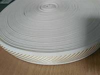 Тесьма 30мм.белая(беж.диагональ на кольцах)