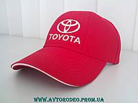 Бейсболка красная Toyota