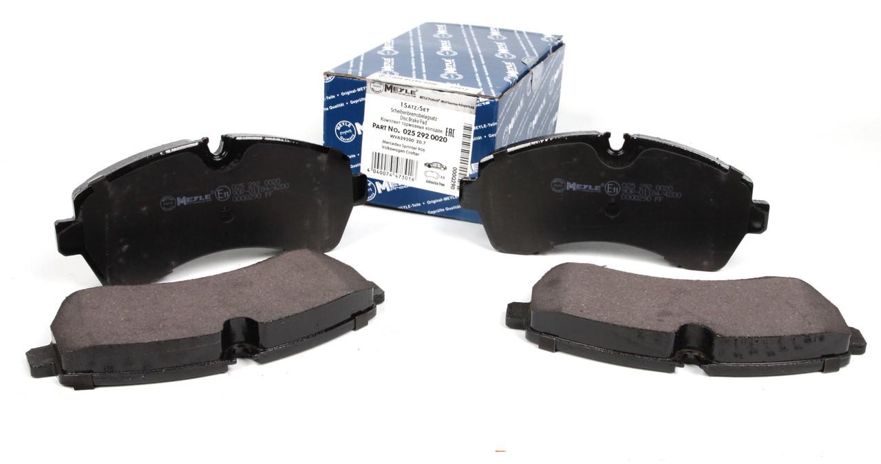 Колодки тормозные передние MB Sprinter(906) 508-519CDI 06- Meyle