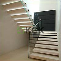 Консольная лестница из ясеня