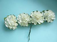 Бумажные цветочки хризантемы для скрапбукинга 4,5 см на ножке кремовые, фото 1