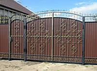 Распашные ворота с калиткой из профнастилом