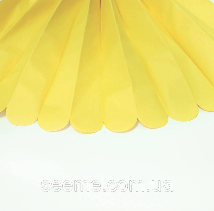 Бумажные помпоны из тишью «Light Yellow», диаметр 25 см.