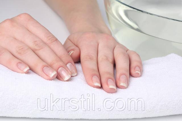 Укрепление и лечение натуральных ногтей.