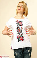 Стильная современная блуза из хлопка расшита машинной вышивкой крестиком