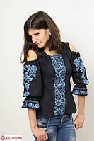 Женская вышитая блуза с необычным рукавом