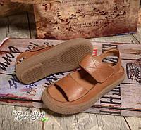 Босоножки коричневые кожаные на низкой подошве с открытыми носком и пяткой
