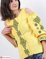 Стильная женская вышиванка из льна с орнаментом