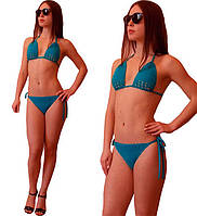Вязаный купальник - бикини с фигурным лифом ручной работы бирюзово - голубого цвета
