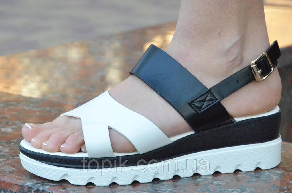 Босоножки, сандалии на платформе летние женские белые с черным изысканные. (Код: 647а) Только 36р!