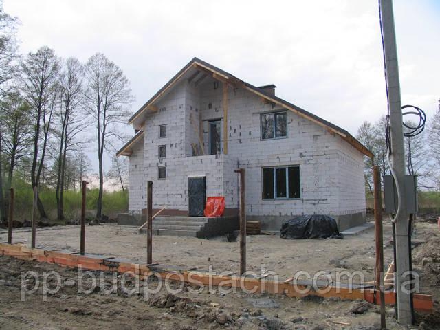 Продается коттедж под Киевом в село Гнидин