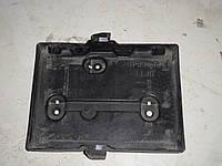 Площадка под аккумулятор подиум АКБ Mazda 2  DE (2010) 1,5 бензин механика