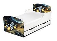 Кроватка Космос с ящиком и матрасом 140*70