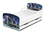 Кроватка Космопорт с ящиком и матрасом 140*70